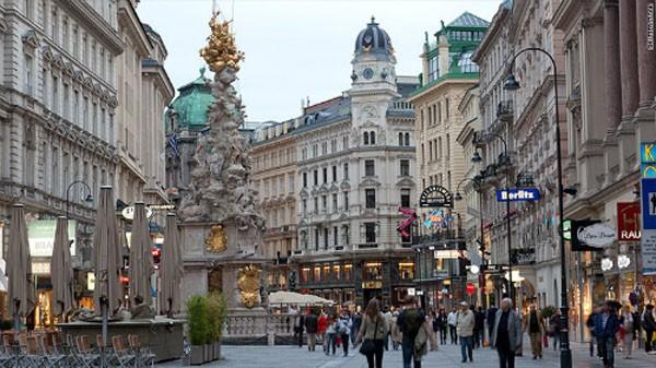 10 thành phố làm việc ít nhất thế giới - ảnh 5