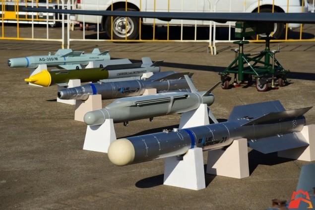 Trung Quốc khoe dàn tên lửa tối tân tại triển lãm hàng không Chu Hải - ảnh 1