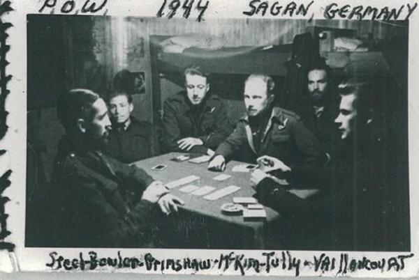 Cuộc đào thoát của 200 phi công khỏi trại giam Đức Quốc xã - ảnh 1