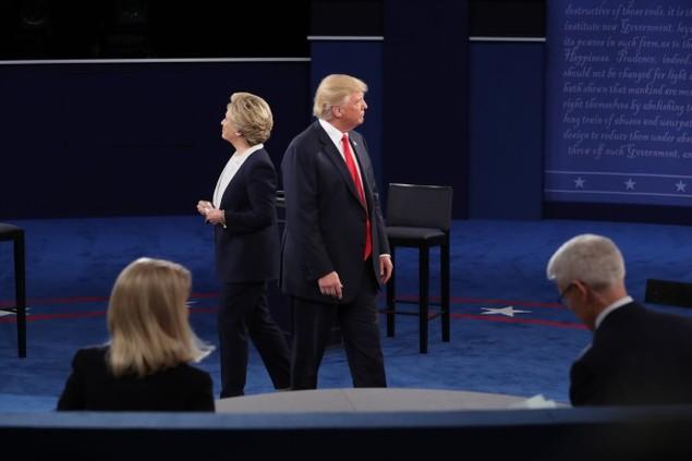 Những khoảnh khắc ấn tượng trong mùa bầu cử tổng thống Mỹ - ảnh 8
