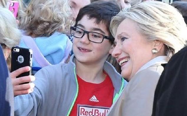 Cử tri Mỹ chụp ảnh 'tự sướng' trong ngày bầu cử - ảnh 5