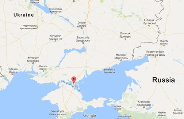 Ukraine bắt hai binh sĩ Nga gần Crimea - ảnh 1