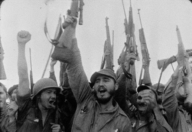 Cuộc đời lãnh tụ Cuba Fidel Castro qua ảnh - ảnh 2