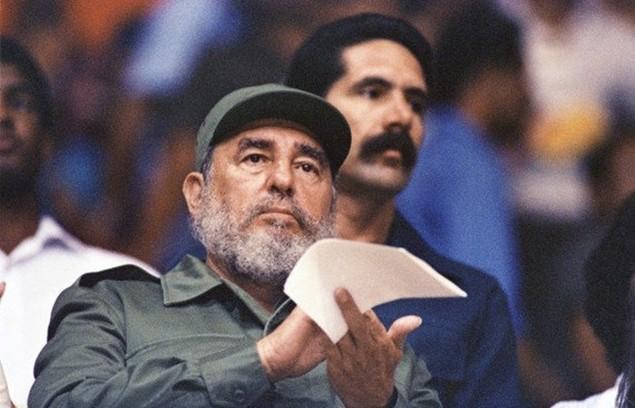 Cuộc đời lãnh tụ Cuba Fidel Castro qua ảnh - ảnh 10