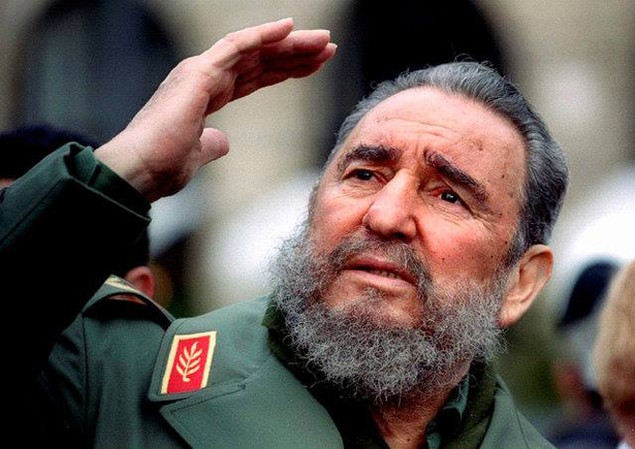 Cuộc đời lãnh tụ Cuba Fidel Castro qua ảnh - ảnh 13