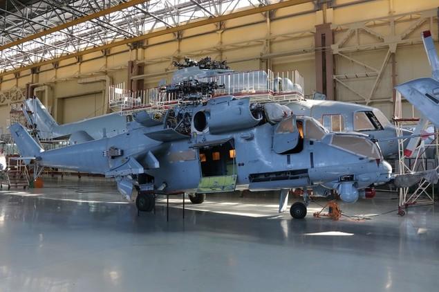 Bên trong nhà máy sản xuất trực thăng 'thợ săn đêm' Mi-28NE - ảnh 9