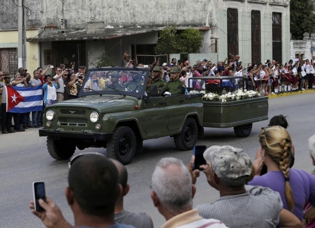 Tro cốt Fidel Castro bắt đầu hành trình về 'cái nôi' Cách mạng - ảnh 5