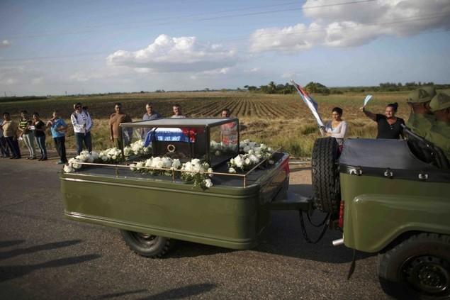Tro cốt Fidel Castro bắt đầu hành trình về 'cái nôi' Cách mạng - ảnh 11