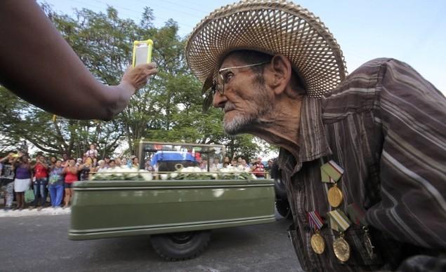 Tro cốt Fidel Castro bắt đầu hành trình về 'cái nôi' Cách mạng - ảnh 12