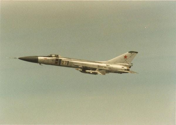 Su-15 - tiêm kích đánh chặn đầy tai tiếng của Liên Xô - ảnh 1