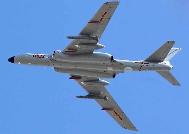Trung Quốc bỏ ghế phóng 'tự sát' trên oanh tạc cơ H-6K - ảnh 8