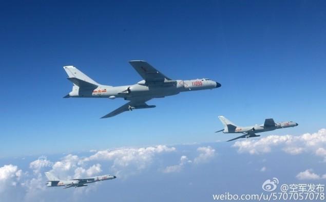 Trung Quốc bỏ ghế phóng 'tự sát' trên oanh tạc cơ H-6K - ảnh 9