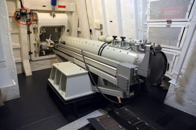 Lưới lửa trên khu trục hạm bảo vệ tàu sân bay Pháp - ảnh 6