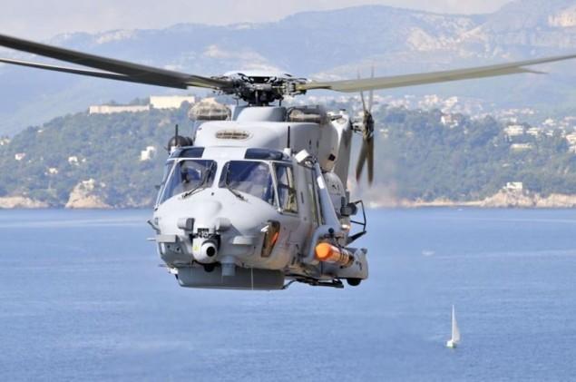 Lưới lửa trên khu trục hạm bảo vệ tàu sân bay Pháp - ảnh 9