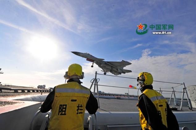 Tàu sân bay Trung Quốc lần đầu phô diễn hỏa lực hiệp đồng - ảnh 5