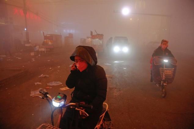 Ô nhiễm không khí ở Trung Quốc vượt quy chuẩn của WHO 100 lần - ảnh 4