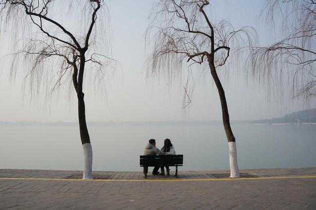 Ô nhiễm không khí ở Trung Quốc vượt quy chuẩn của WHO 100 lần - ảnh 10