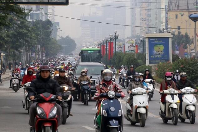 Buýt nhanh bị 'bủa vây' trên đường phố - ảnh 6