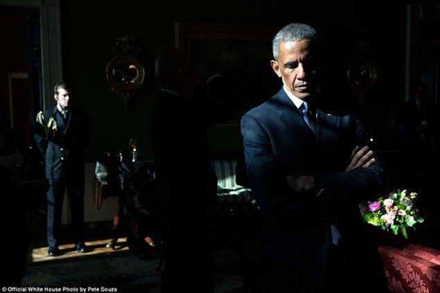 Những khoảnh khắc đáng nhớ cuối cùng của Obama ở Nhà Trắng - ảnh 1
