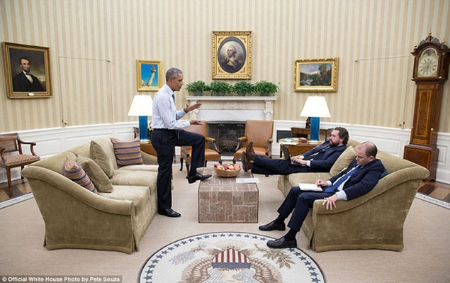 Những khoảnh khắc đáng nhớ cuối cùng của Obama ở Nhà Trắng - ảnh 2