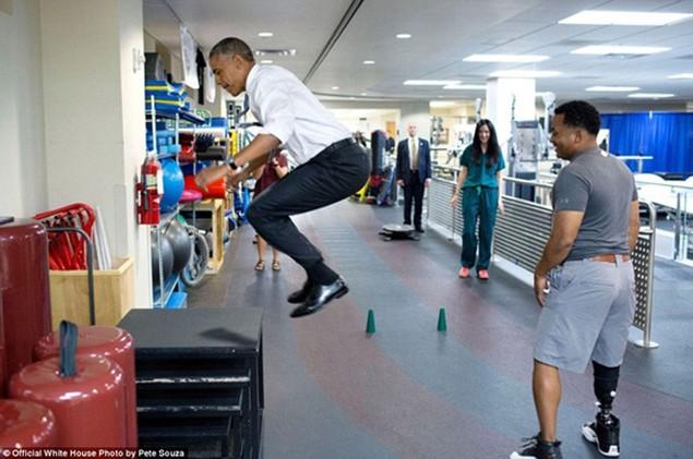 Những khoảnh khắc đáng nhớ cuối cùng của Obama ở Nhà Trắng - ảnh 15