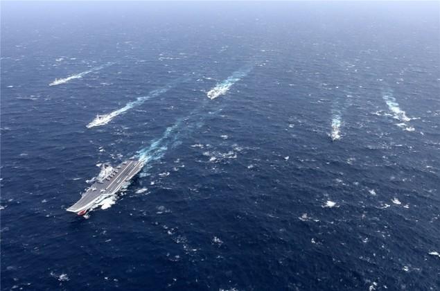 Trung Quốc công bố hình ảnh tàu sân bay diễn tập ở Biển Đông - ảnh 2