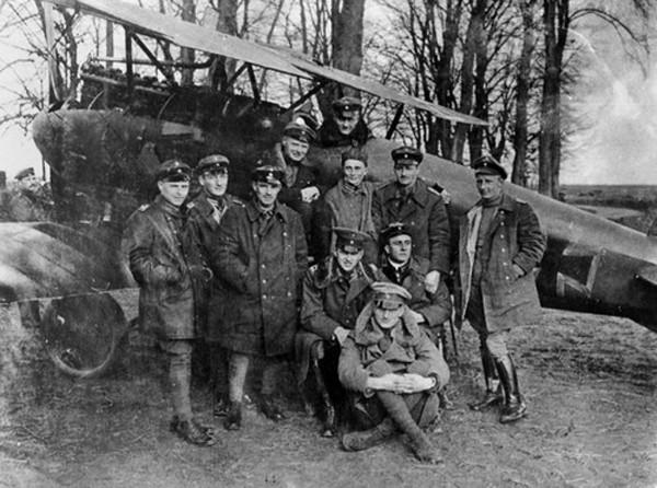 Phi công 'Nam tước đỏ' bắn hạ nhiều máy bay nhất thế giới - ảnh 2