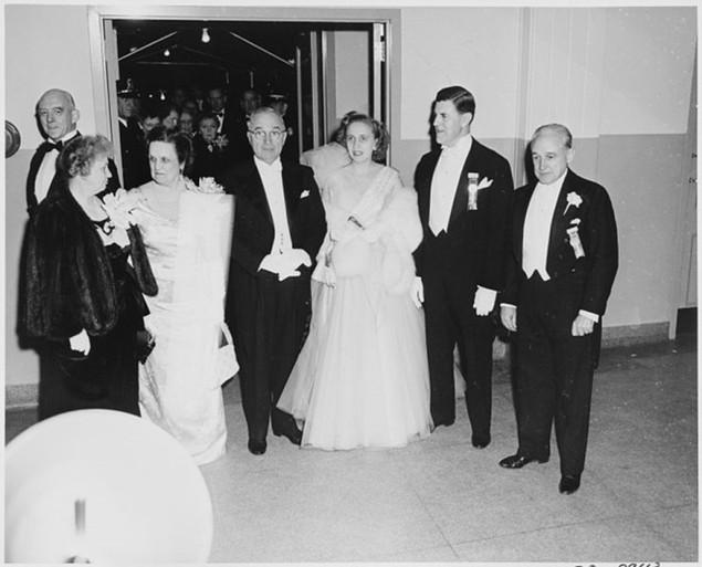 Bàn tiệc lễ nhậm chức qua các đời tổng thống Mỹ - ảnh 4