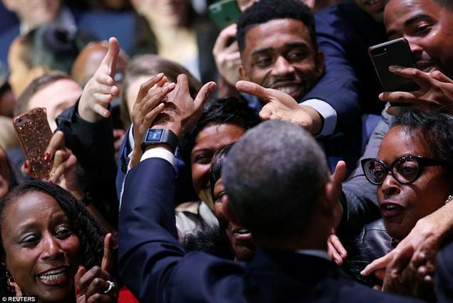 Những hình ảnh khó quên tại buổi lễ chia tay của Tổng thống Obama - ảnh 3