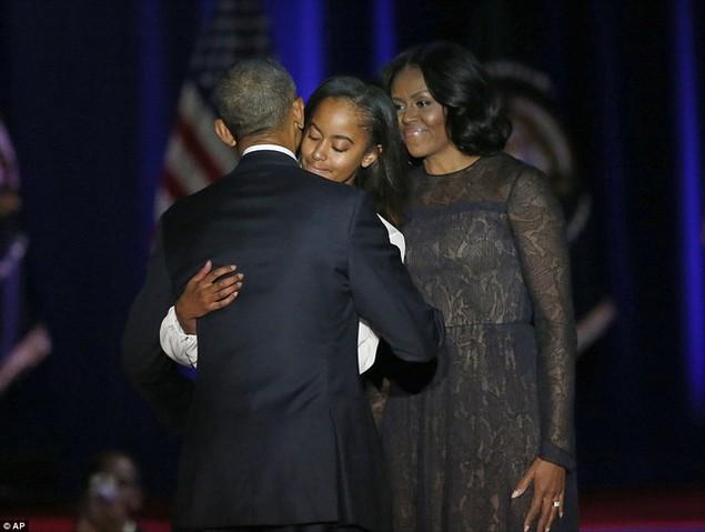Những hình ảnh khó quên tại buổi lễ chia tay của Tổng thống Obama - ảnh 8