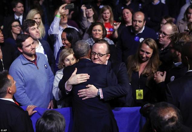 Những hình ảnh khó quên tại buổi lễ chia tay của Tổng thống Obama - ảnh 12