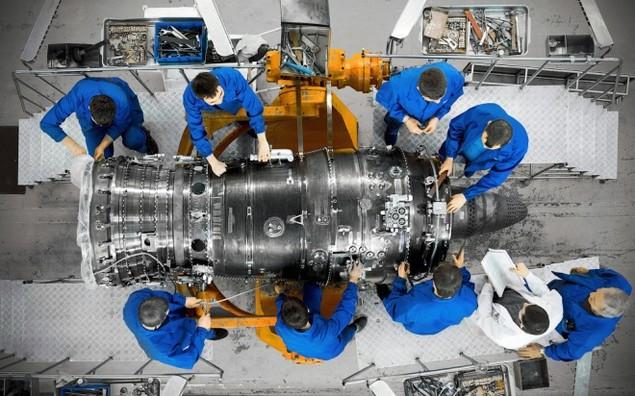 Nhà máy sản xuất trái tim của tiêm kích Su-35 - ảnh 1