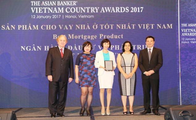 BIDV trở thành Ngân hàng bán lẻ tốt nhất Việt Nam 3 năm liên tiếp - ảnh 2