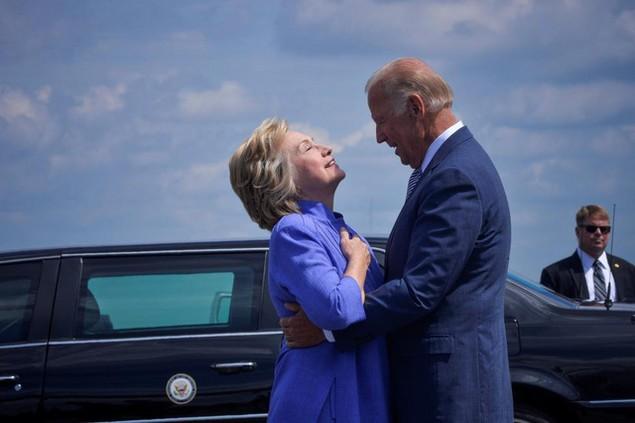 Những khoảnh khắc đáng nhớ của Phó Tổng thống Mỹ Biden - ảnh 10