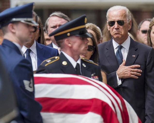 Những khoảnh khắc đáng nhớ của Phó Tổng thống Mỹ Biden - ảnh 11