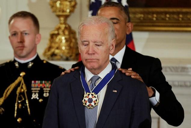 Những khoảnh khắc đáng nhớ của Phó Tổng thống Mỹ Biden - ảnh 13