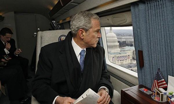 Chuyến bay từ biệt Nhà Trắng của các cựu tổng thống Mỹ - ảnh 2