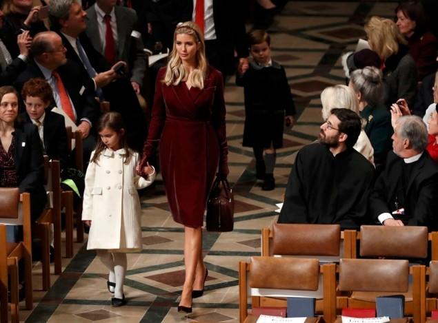 Tổng thống Trump dự lễ cầu nguyện tại nhà thờ - ảnh 6
