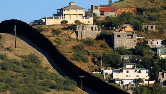 Biên giới Mỹ - Mexico trước khi Trump quyết định dựng tường chắn - ảnh 1