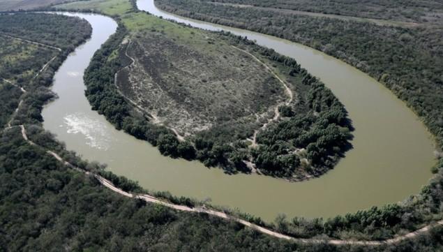 Biên giới Mỹ - Mexico trước khi Trump quyết định dựng tường chắn - ảnh 2