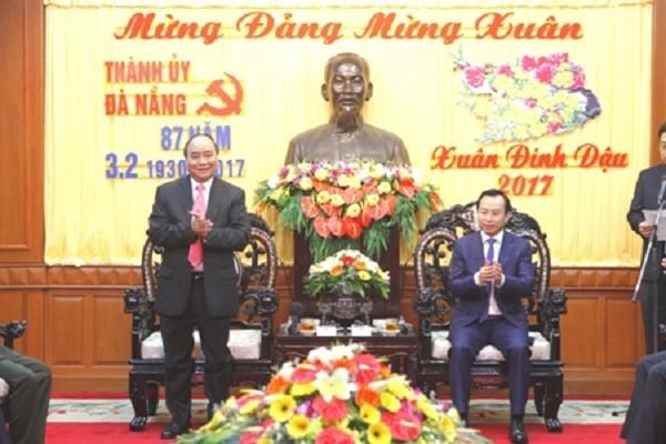 Thủ tướng thăm, chúc Tết Đảng bộ, chính quyền và nhân dân Đà Nẵng - ảnh 1