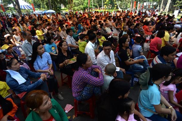 Khu vui chơi ở Sài Gòn đông nghịt người du xuân, vãn cảnh... - ảnh 7