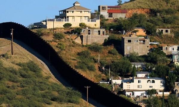 Những trở ngại của sắc lệnh xây tường biên giới Mỹ - Mexico - ảnh 1