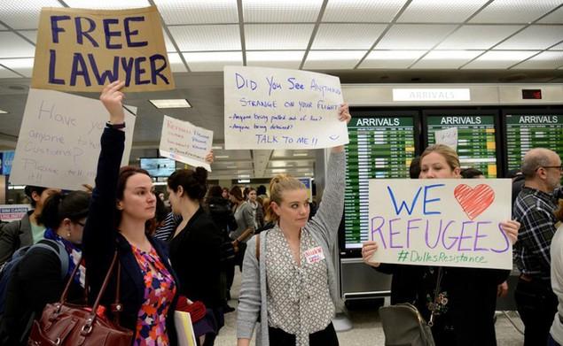 Hàng trăm luật sư Mỹ tình nguyện trợ giúp những người bị bắt vì sắc lệnh của ông Trump - ảnh 5