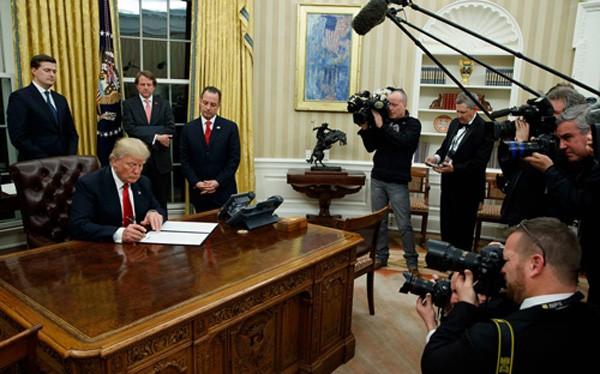 Sắc lệnh hành pháp - mũi giáo quyền lực của tổng thống Mỹ - ảnh 1