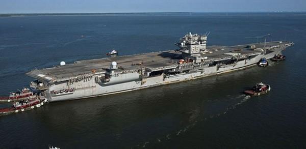 Mỹ lần đầu loại biên chế một tàu sân bay hạt nhân - ảnh 1