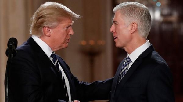 Trump có thể lĩnh đòn vì công kích thẩm phán chặn sắc lệnh - ảnh 1