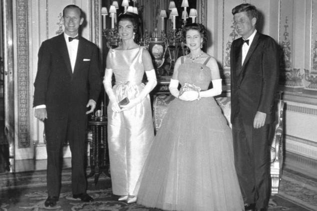 Những khoảnh khắc ấn tượng trong 65 năm trị vì của Nữ hoàng Anh - ảnh 6