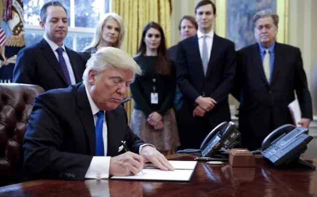 Tòa phúc thẩm liên bang điều trần về sắc lệnh hạn chế nhập cư của ông Trump - ảnh 3