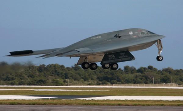 Mỹ nâng cấp oanh tạc cơ tàng hình B-2 để sử dụng thêm 40 năm - ảnh 1
